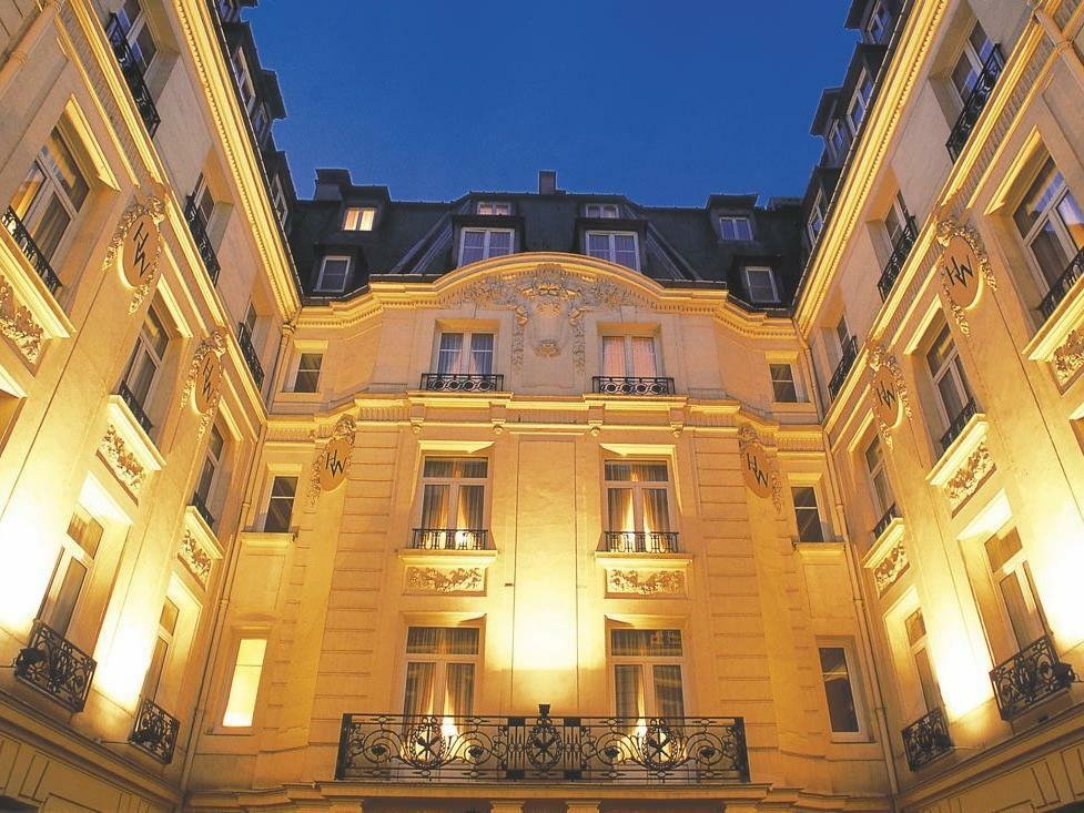 Hotel _ Cour interieure