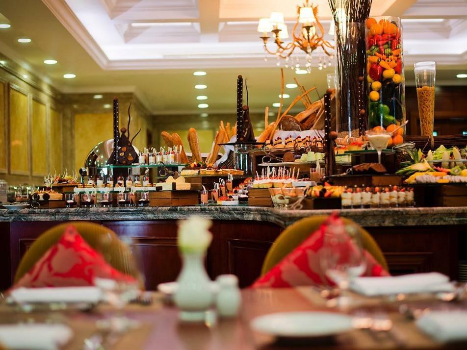 L_auberge Restaurant Buffet