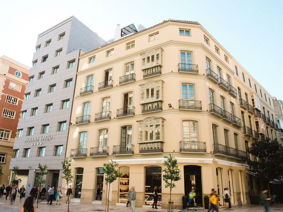 Hotel Molina Lario Facade