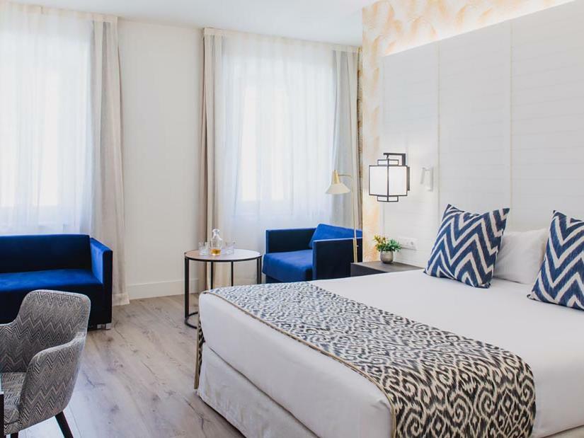 Hotel Mollina Lario Cuadruple Deluxe Room