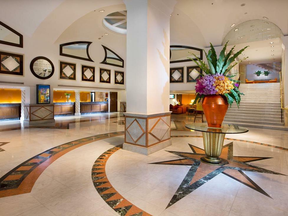 Lobby Large
