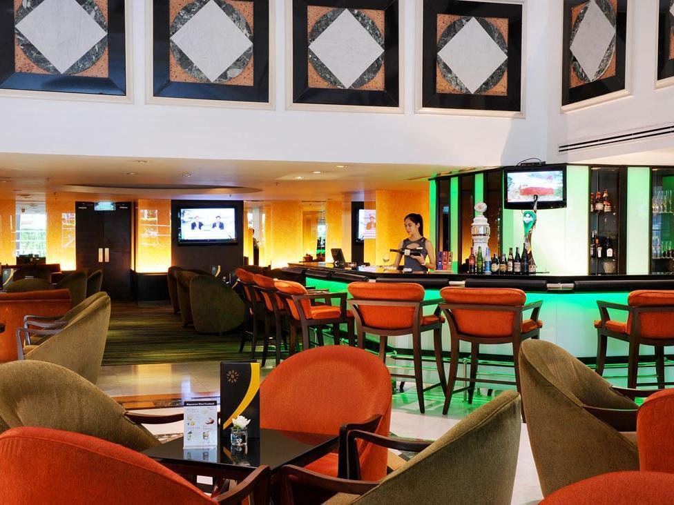 Rembrandt Hotel Bangkok Lobby Bar