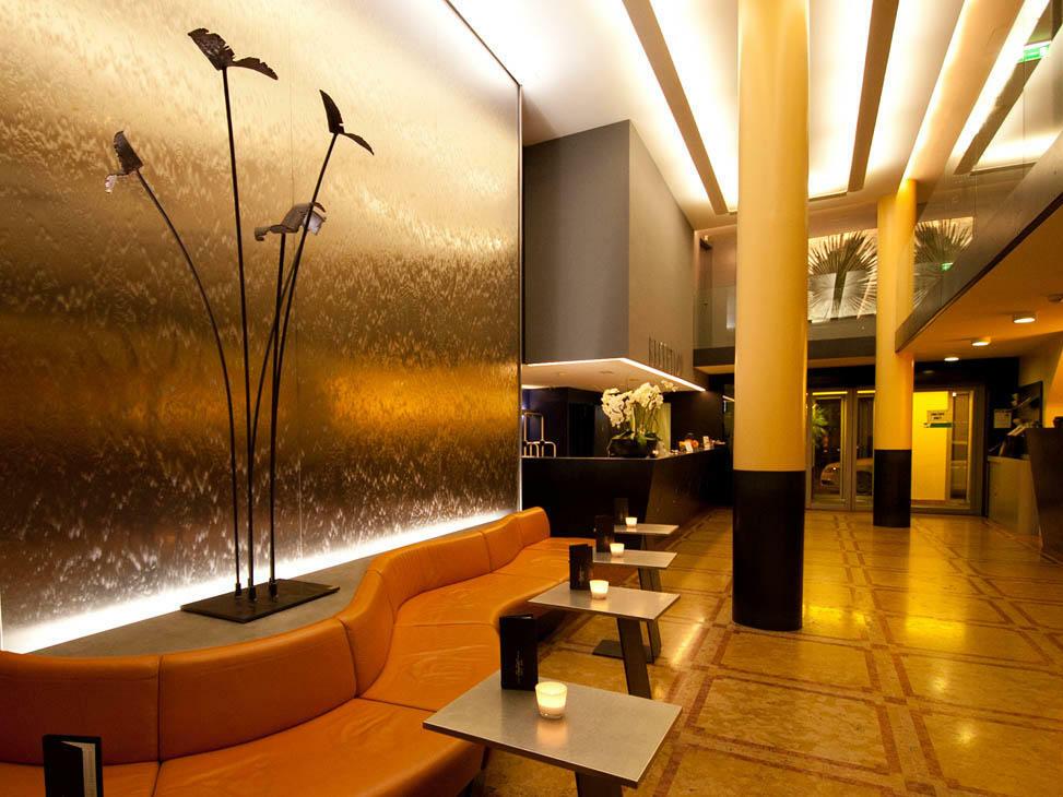 Central Plaza Hotel Zurich Lobby