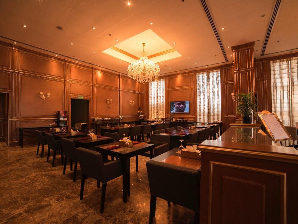 La Zarita Restaurant at Strato Hotel by Warwick