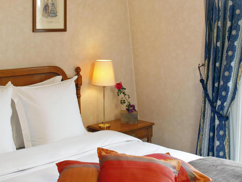 Premium Suite_Warwick Reine Astrid Lyon