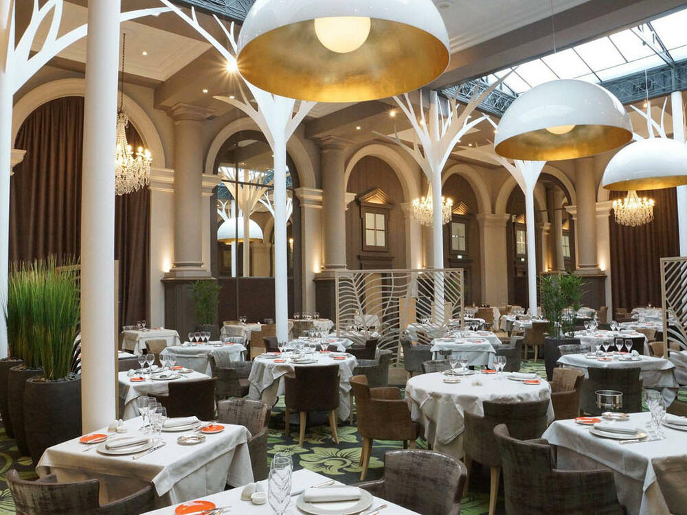 La Verrière restaurant diététique Salon at Grand Hotel des Thermes