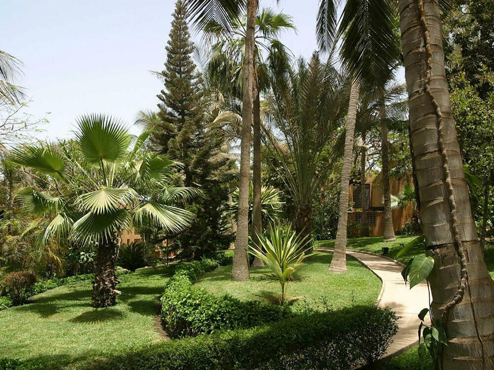 Hôtel-Jardin Savana Dakar  setting