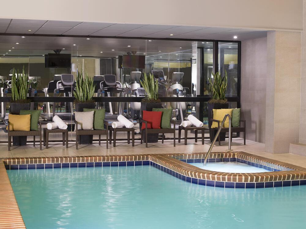 Fitness & Pool_2