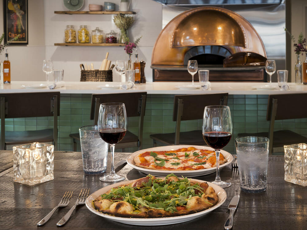 Pizza and wine at Gattara Restaurant