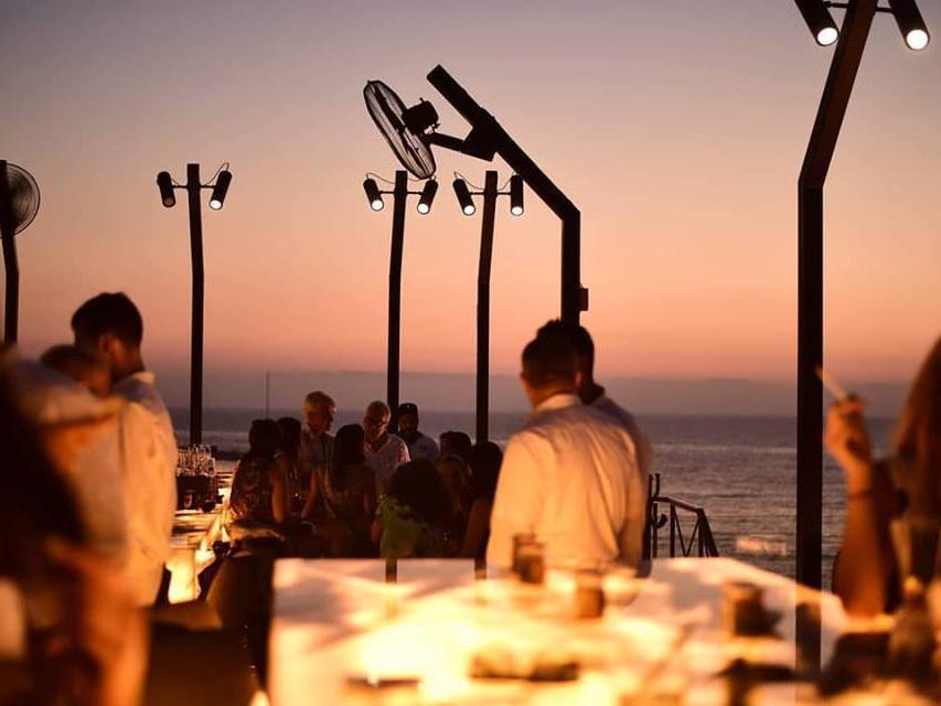 La Parilla - Dining