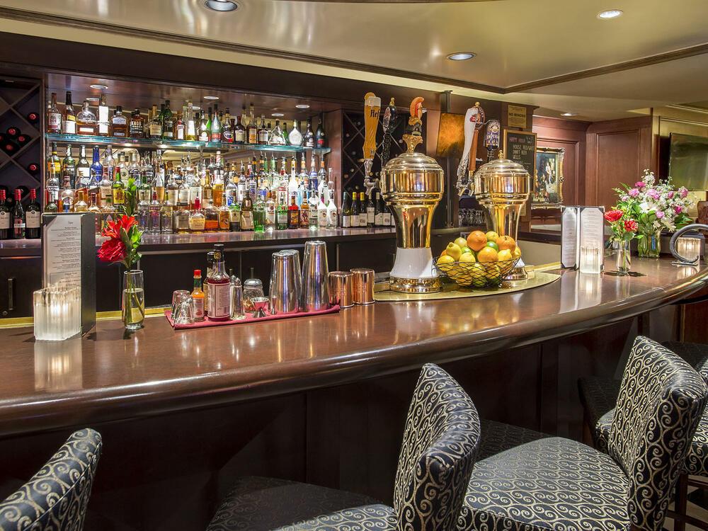 Margaux's Lounge Bar