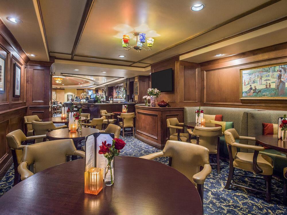 Margaux's Lounge Interior