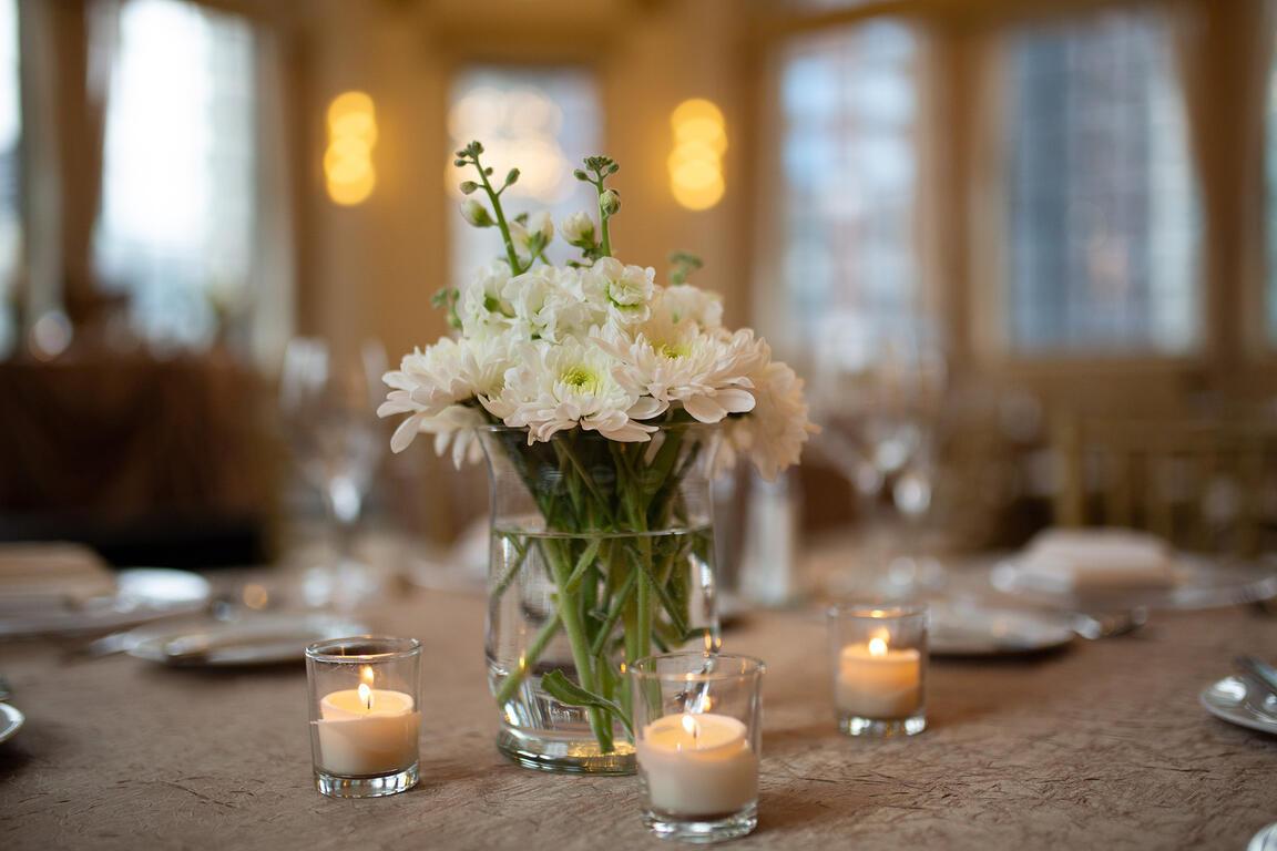 Warwick Allerton Wedding decoration set