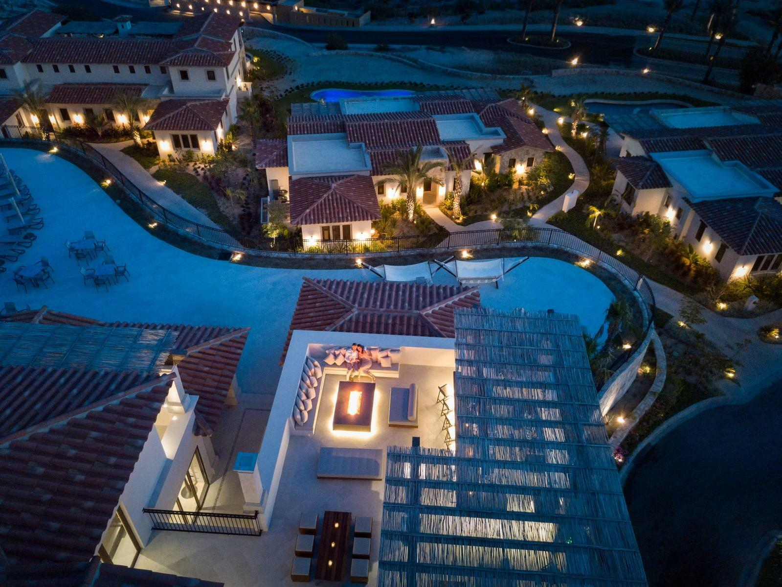 Hotel Arial