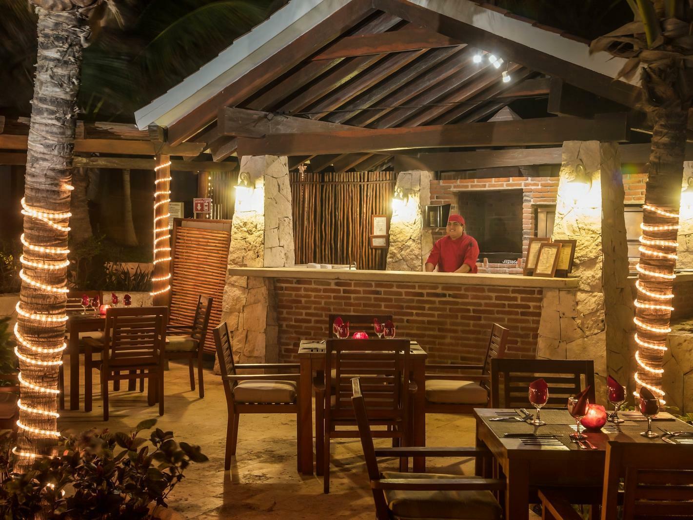 outdoor bar/restaurant at night