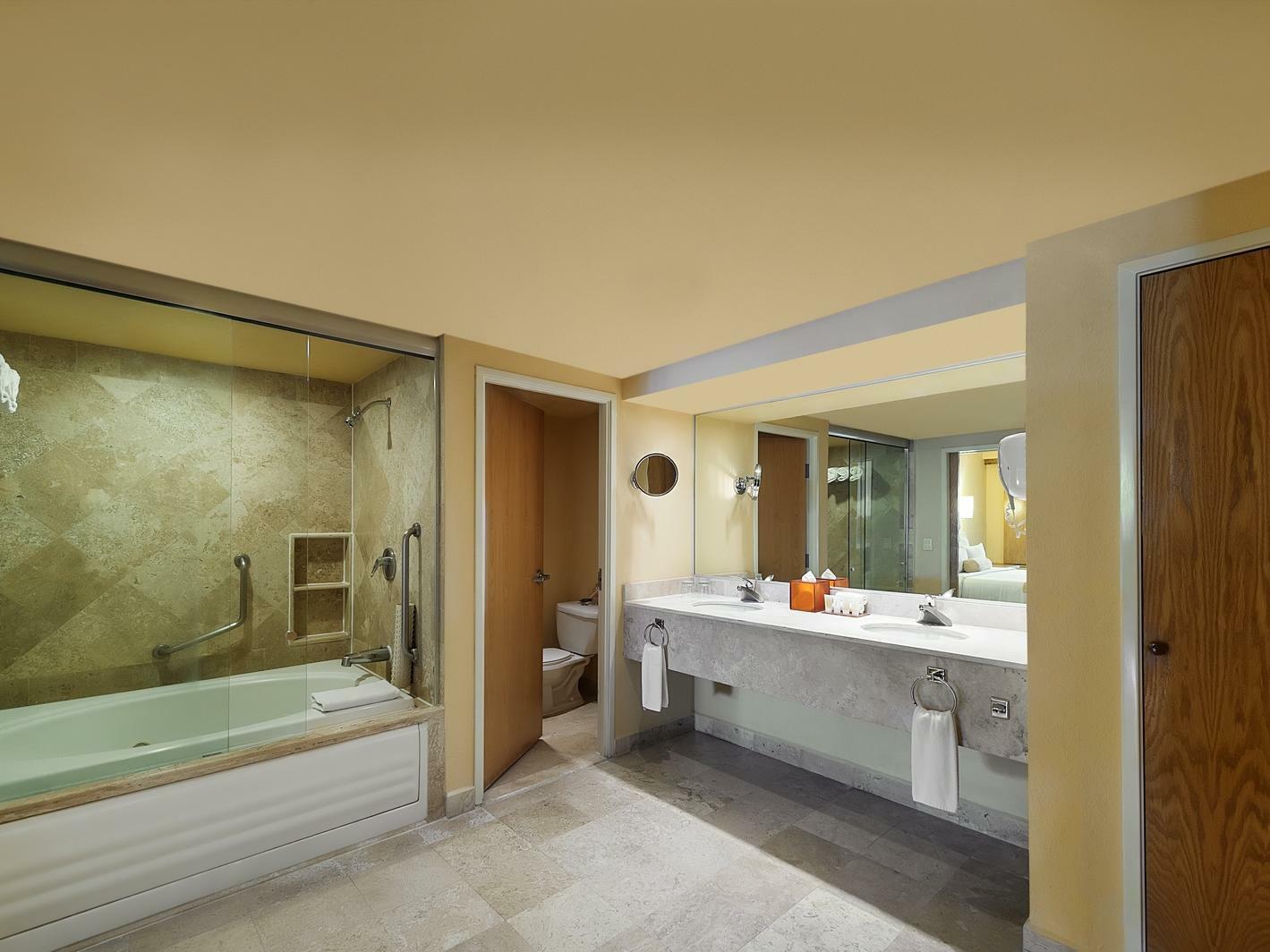 Master Suite Plus Vanity Room