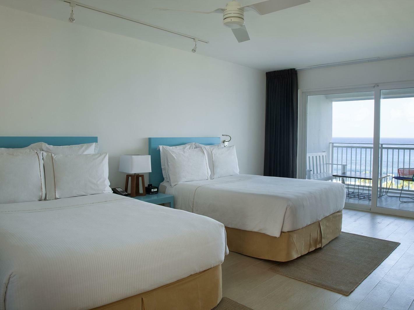 Deluxe Ocean View Two Doubles Room