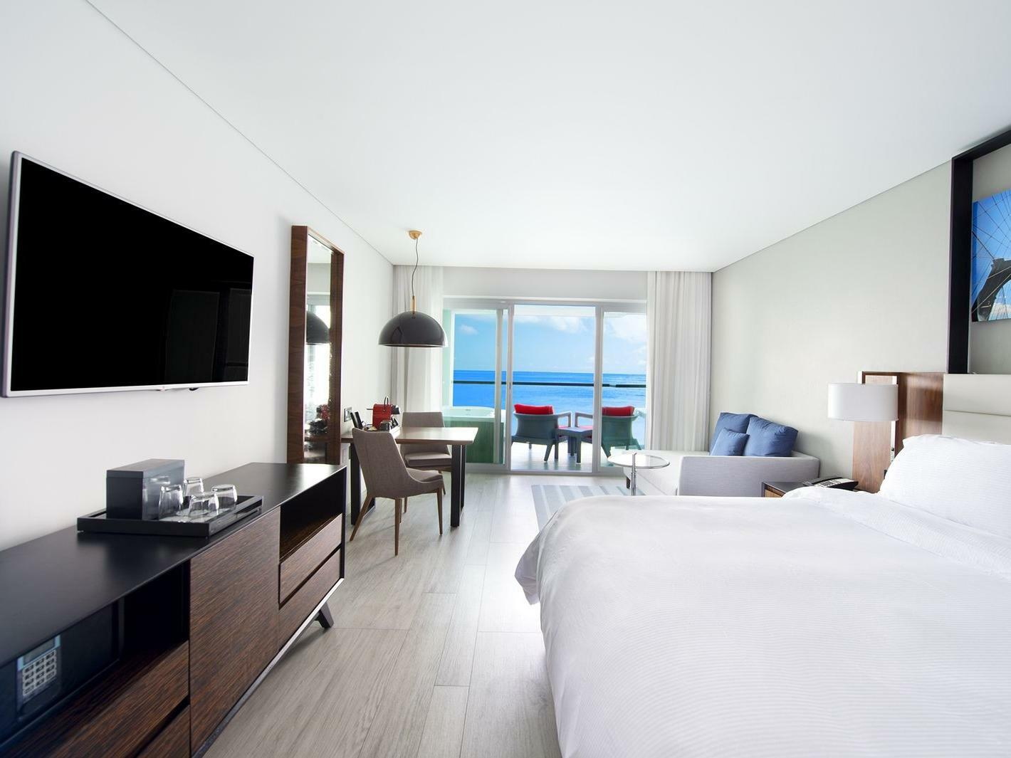Accessible Room with Grand Junior King bed at Grand Fiesta Americana Puerto Vallarta All Inclusive Adults Only