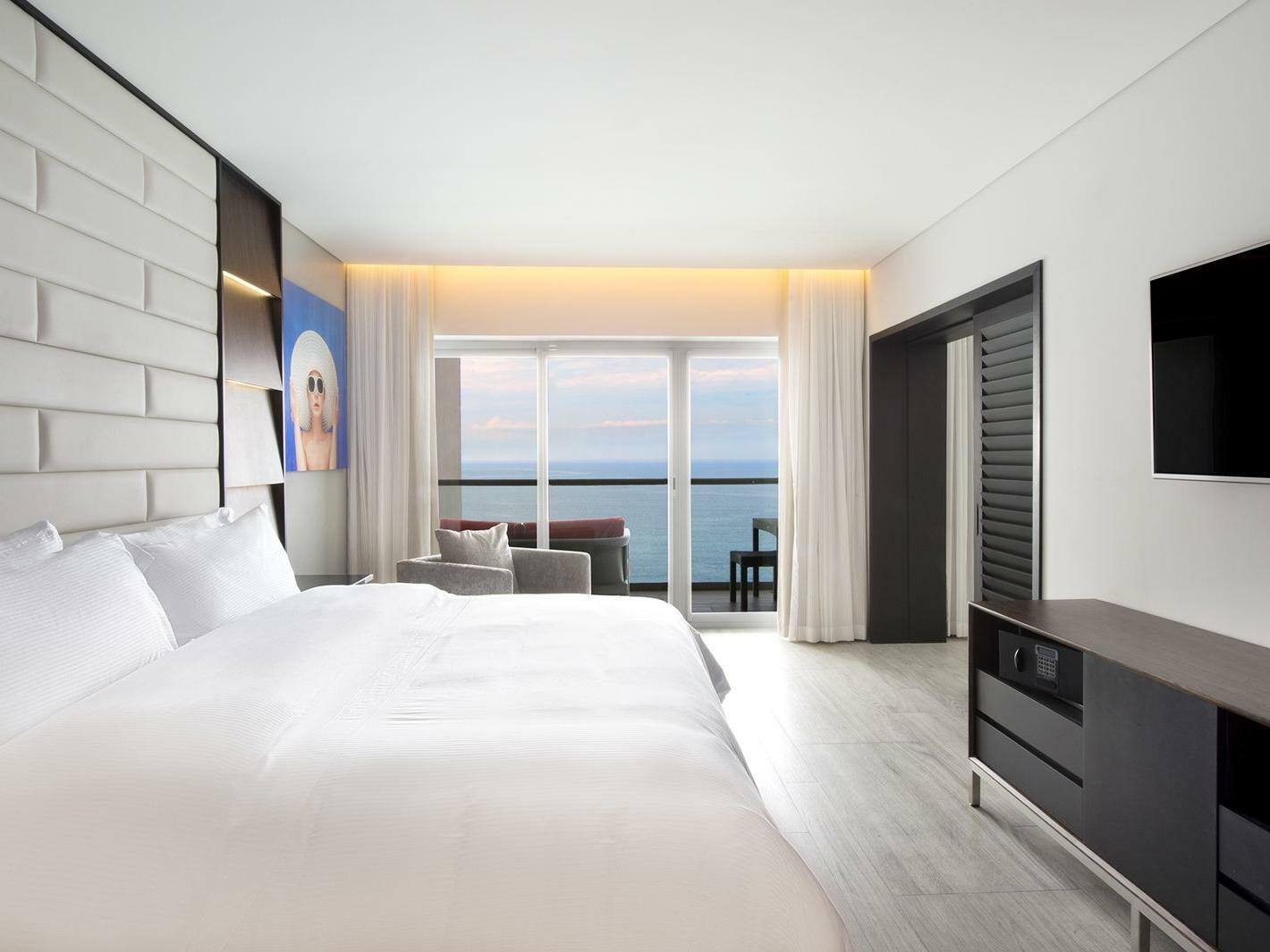 Party Master Suite Ocean Front at Grand Fiesta Americana Puerto Vallarta All Inclusive Adults Only