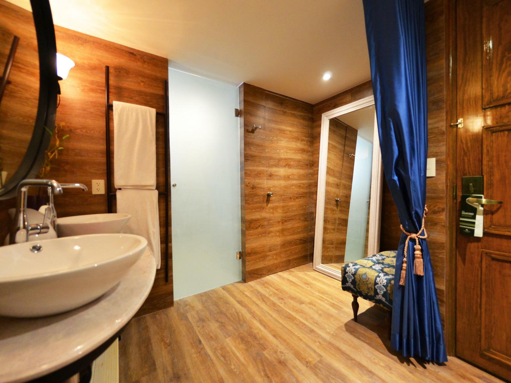 Premium room double at Fiesta Americana Hacienda Galindo