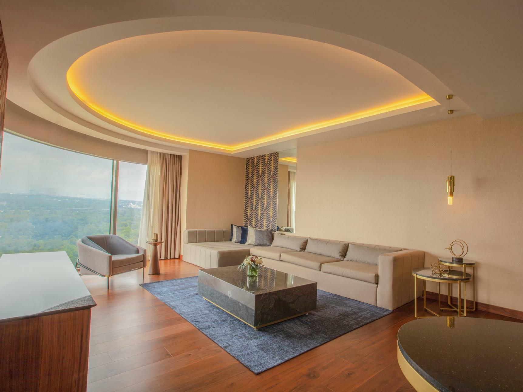 Junior Suite with King Bed Sitting area at Grand Fiesta Americana Chapultepec