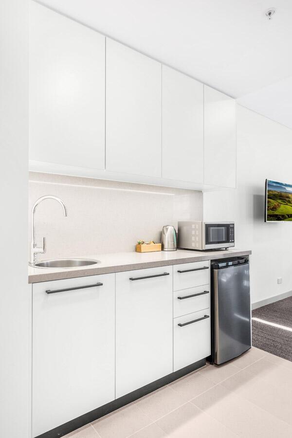 Spacious Kitchenette   Essence Apartments & Suites