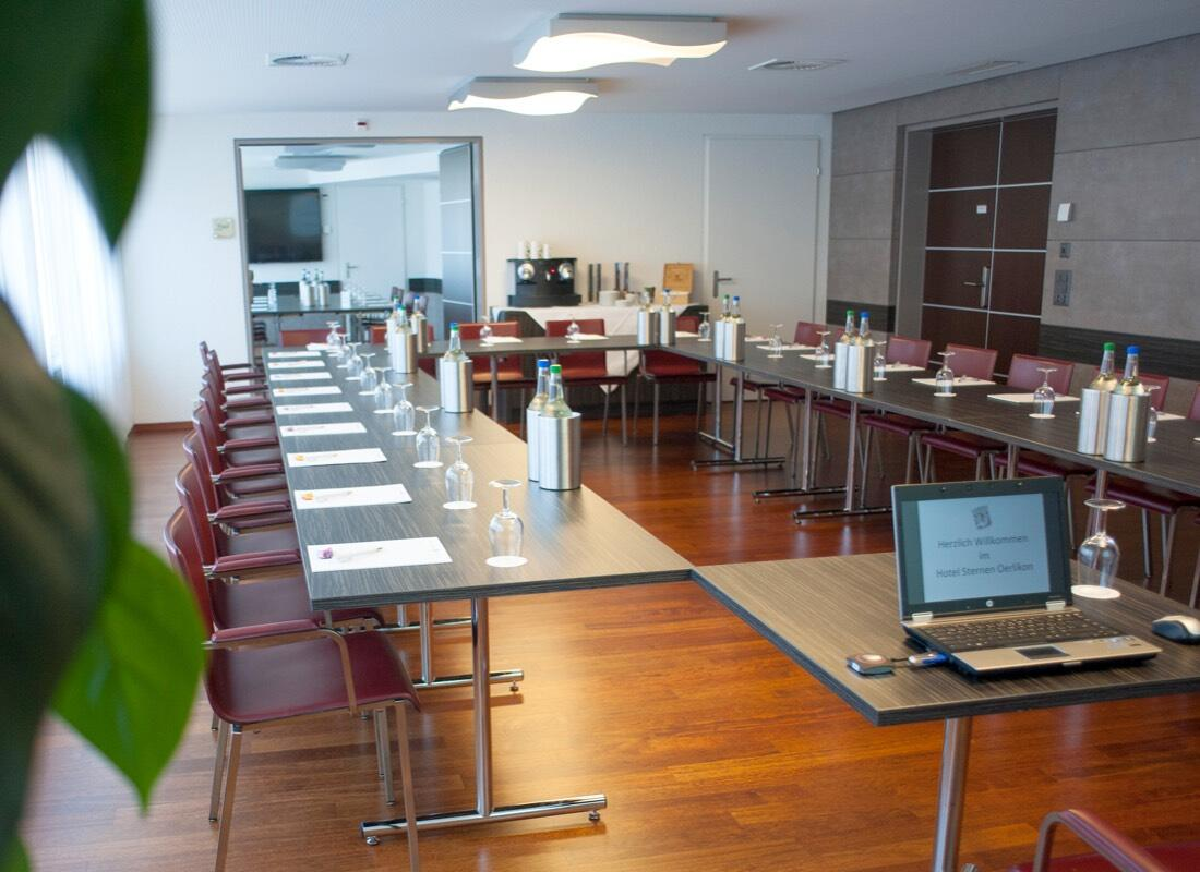 Seminar Hans at Hotel Sternen Oerlikon in Zurich