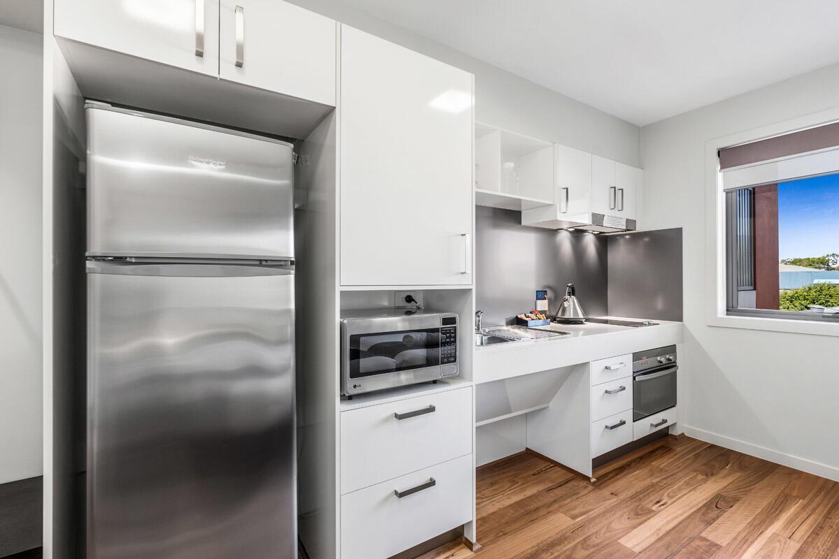 Studio Accessible | Kitchenette | Serviced Apartments Brisbane |