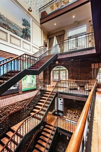 Riverstreet Inn atrium
