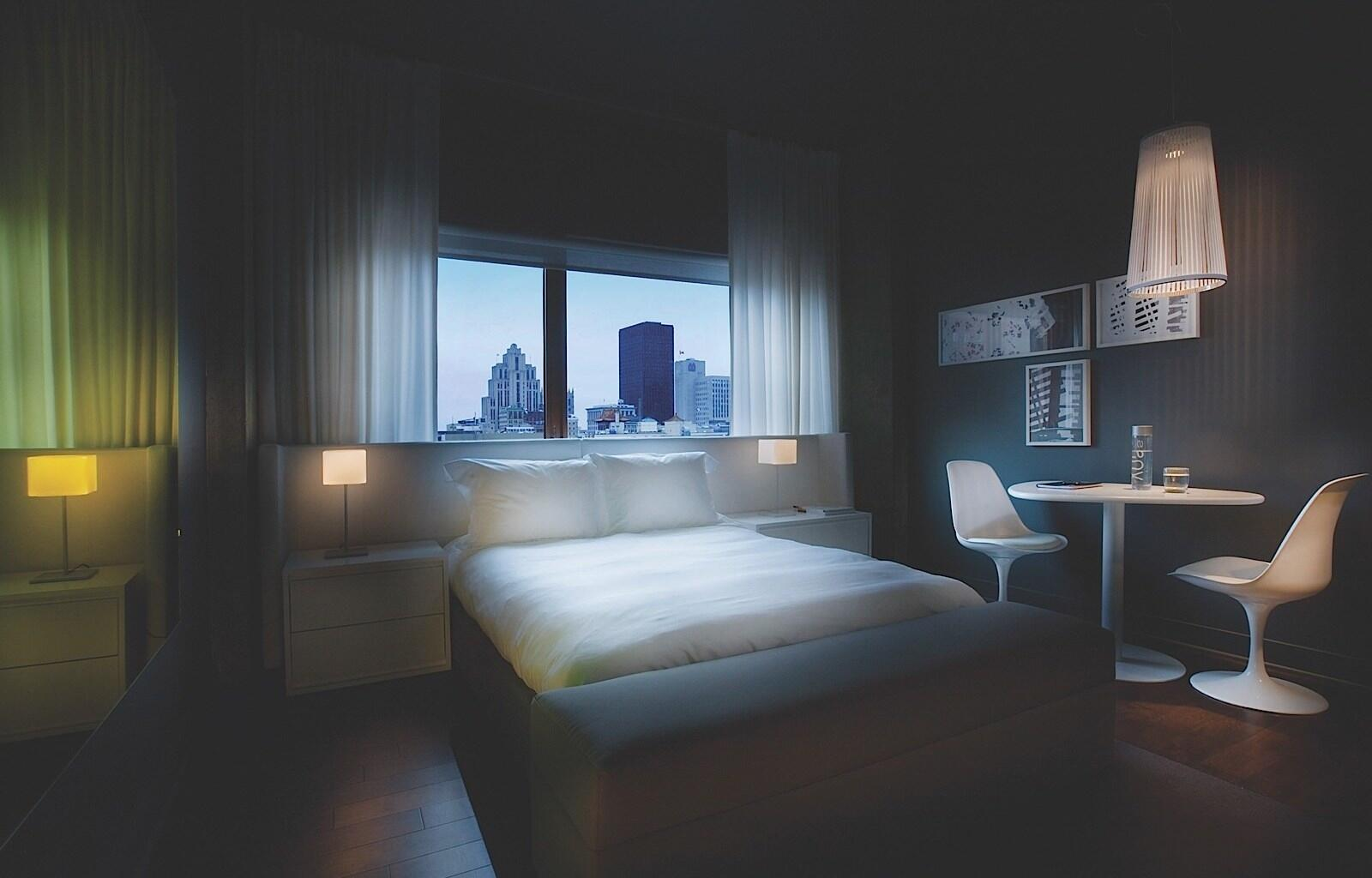 King Bed in PANORAMA Suite