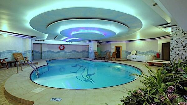 Pool at Bilek Hotel Istanbul
