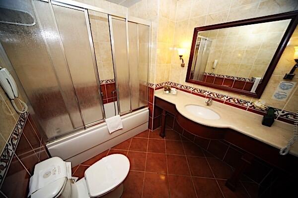 Bathroom at Bilek Hotel Istanbul