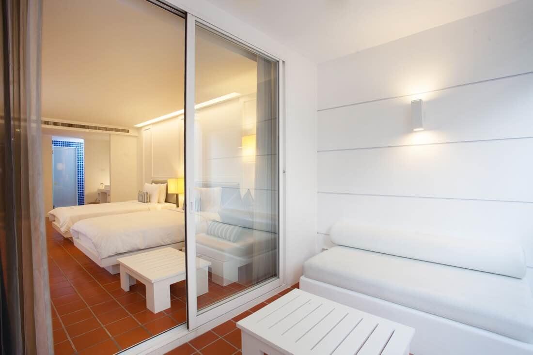 hotel room - balcony - X2 Vibe Phuket Patong