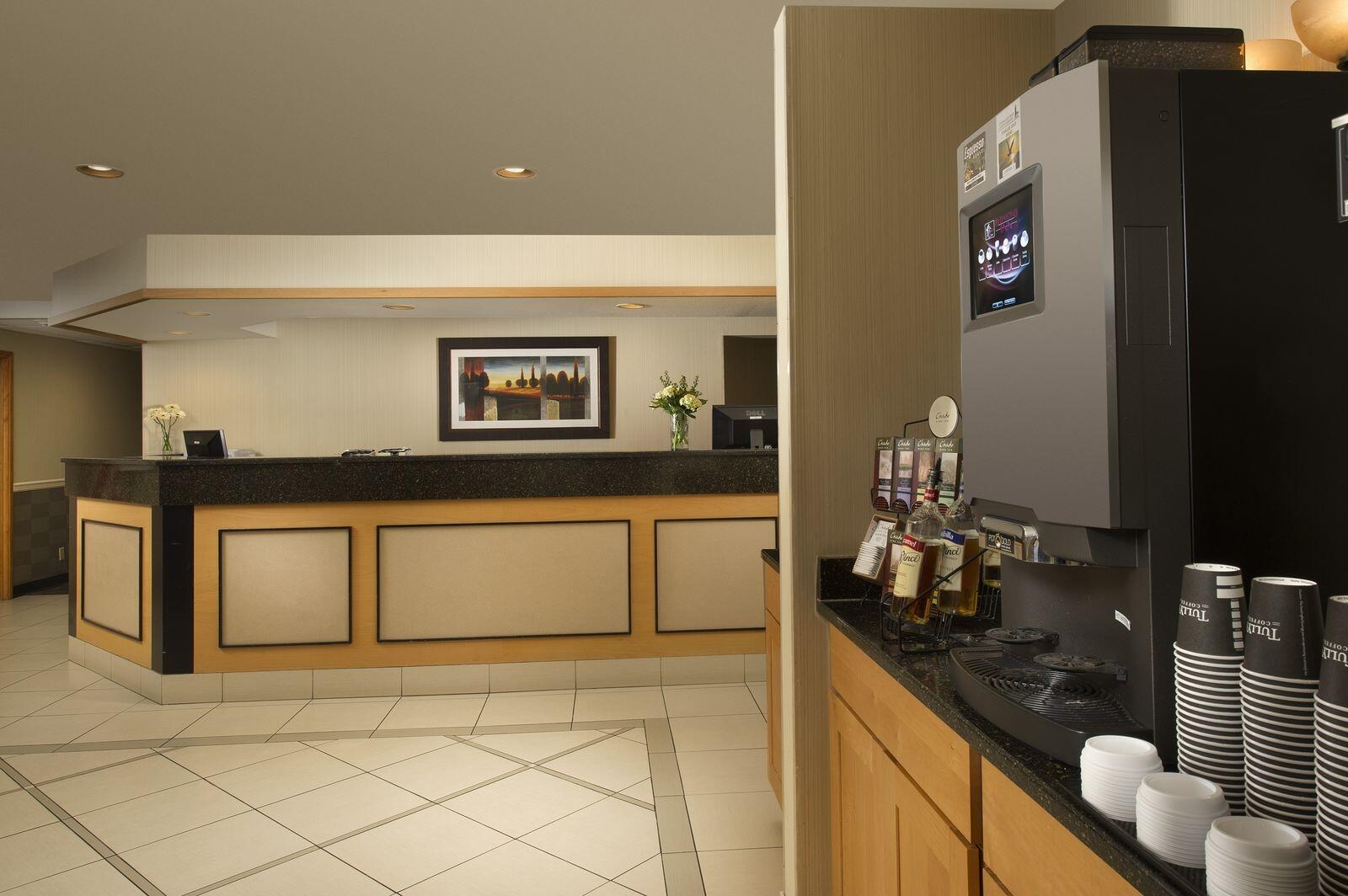 Coffee bar and front desk of Redmond Inn