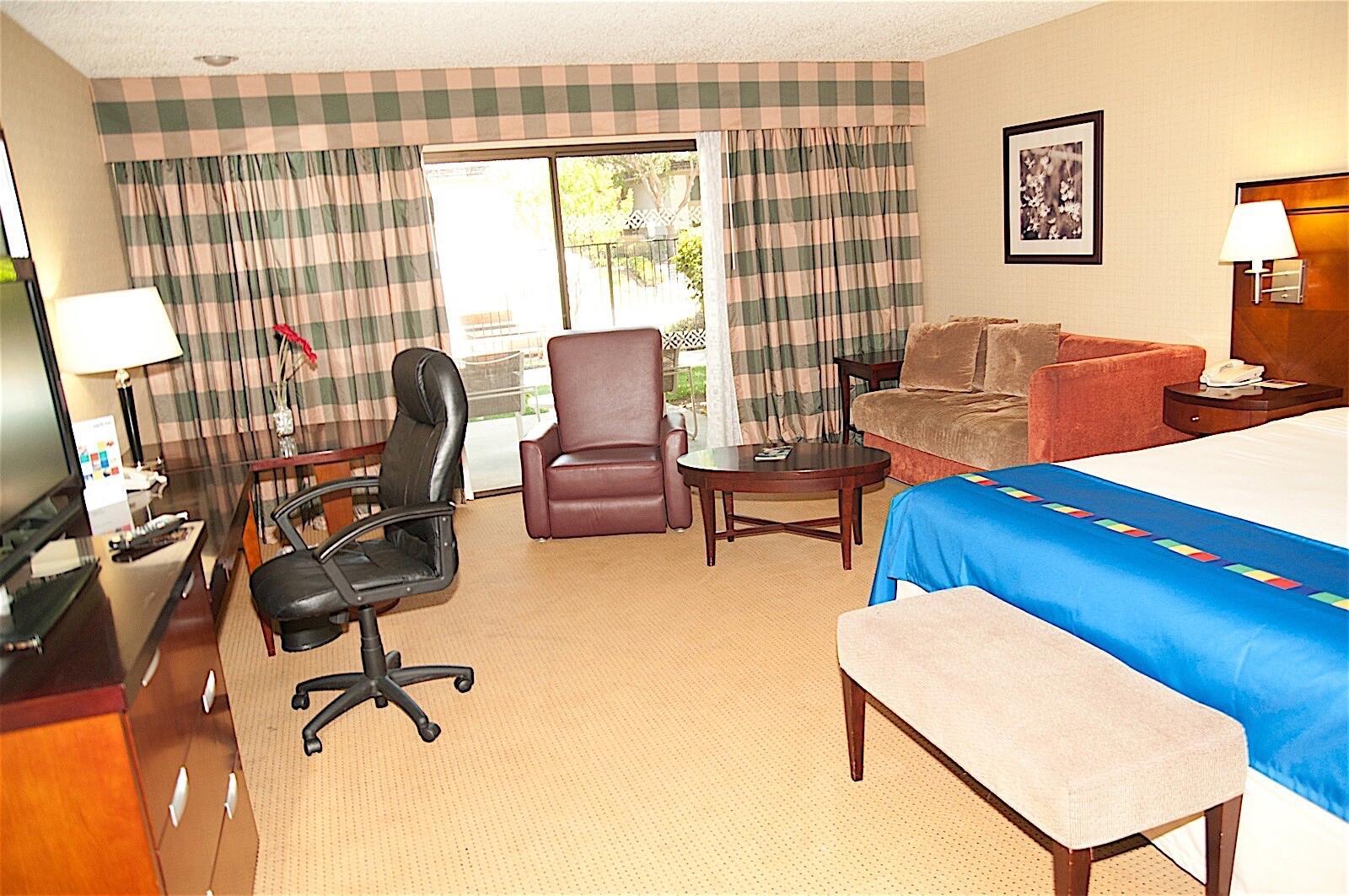 Standard King Room Interior