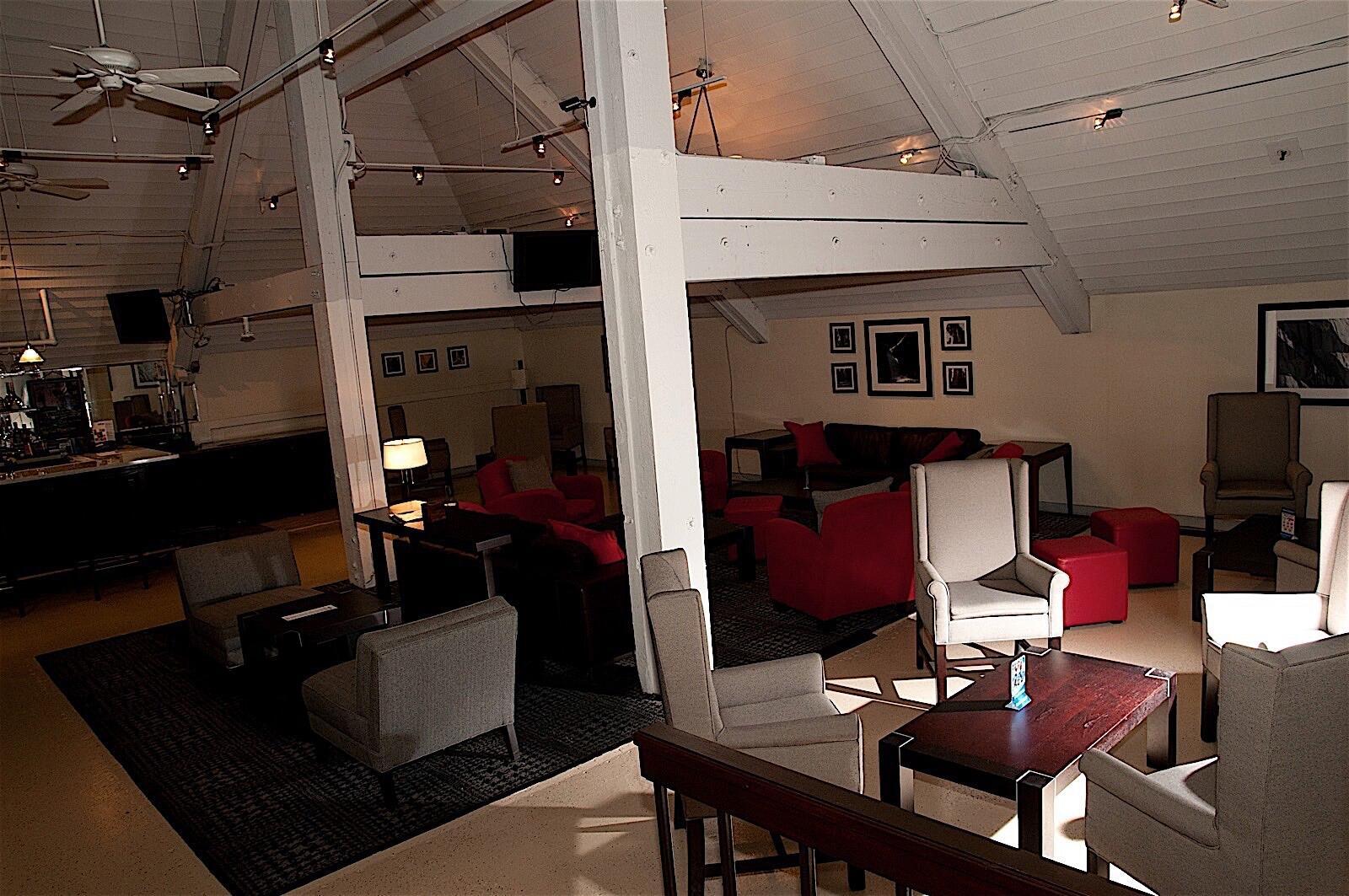 Lobby at The Hotel Fresno