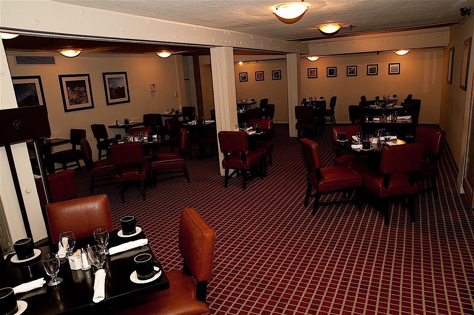 Dining at Hotel Fresno