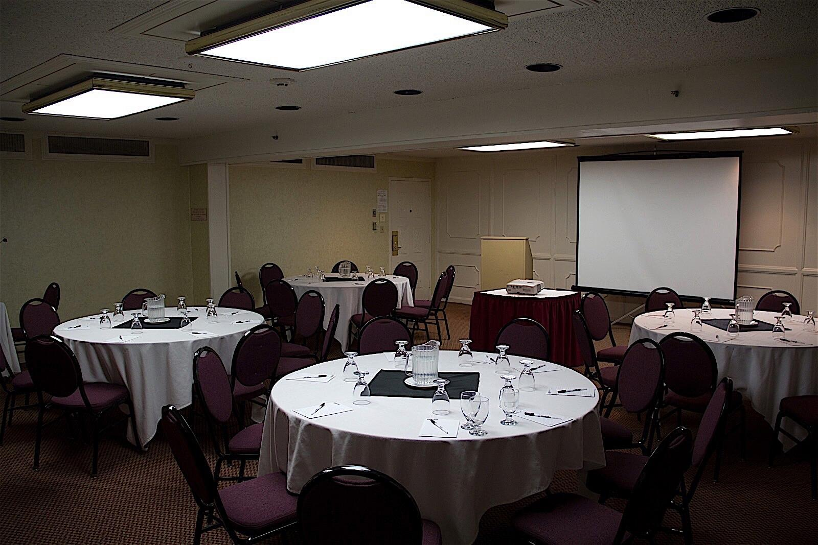 Meeting Room at Hotel Fresno