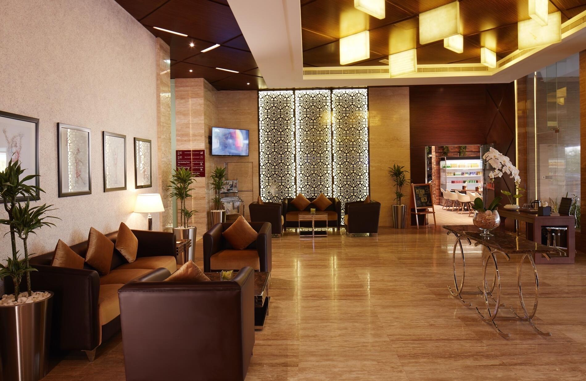 Treppan Hotel and Suites Lobby