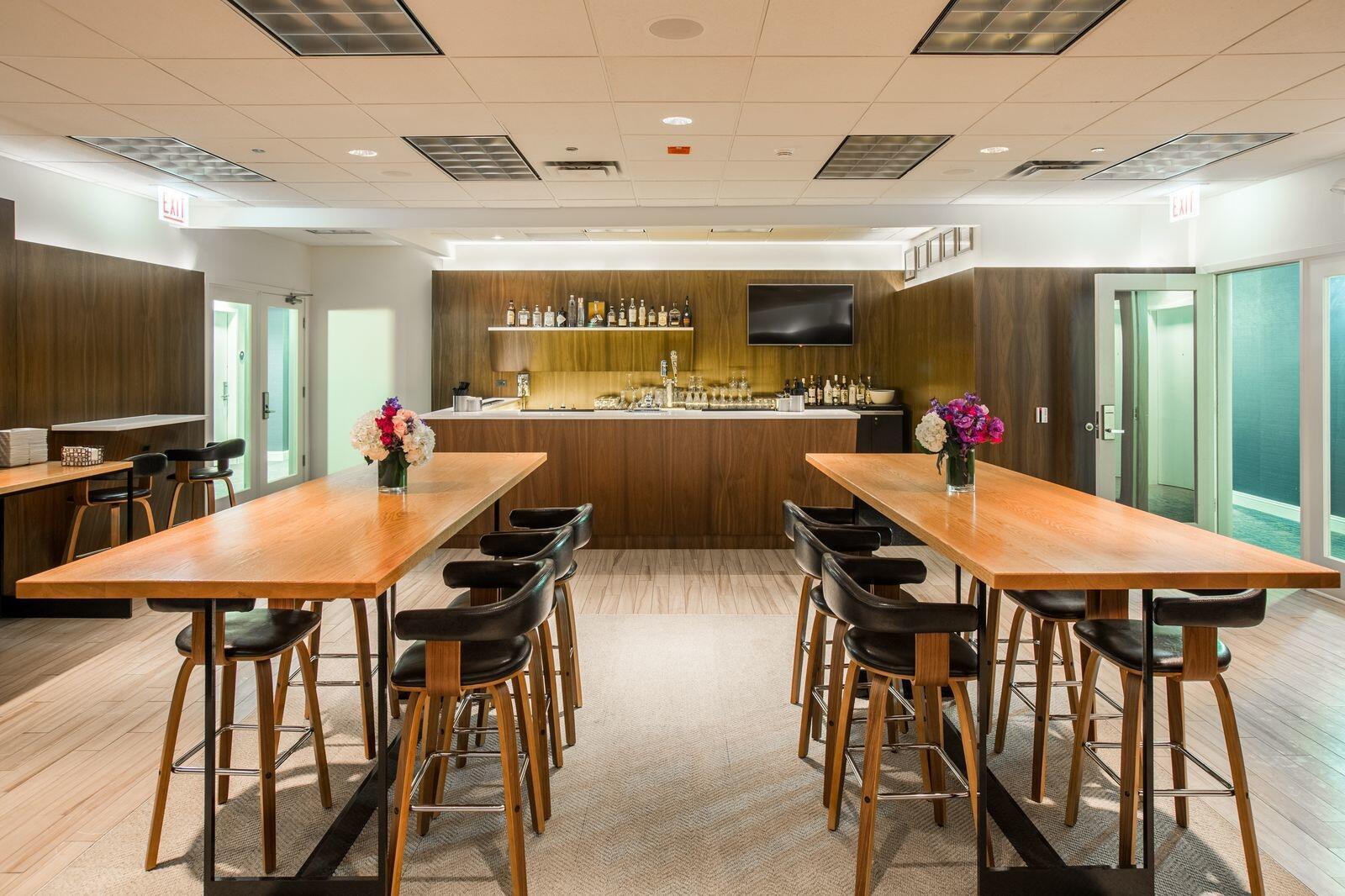 Double Cross Lounge Bar Interior
