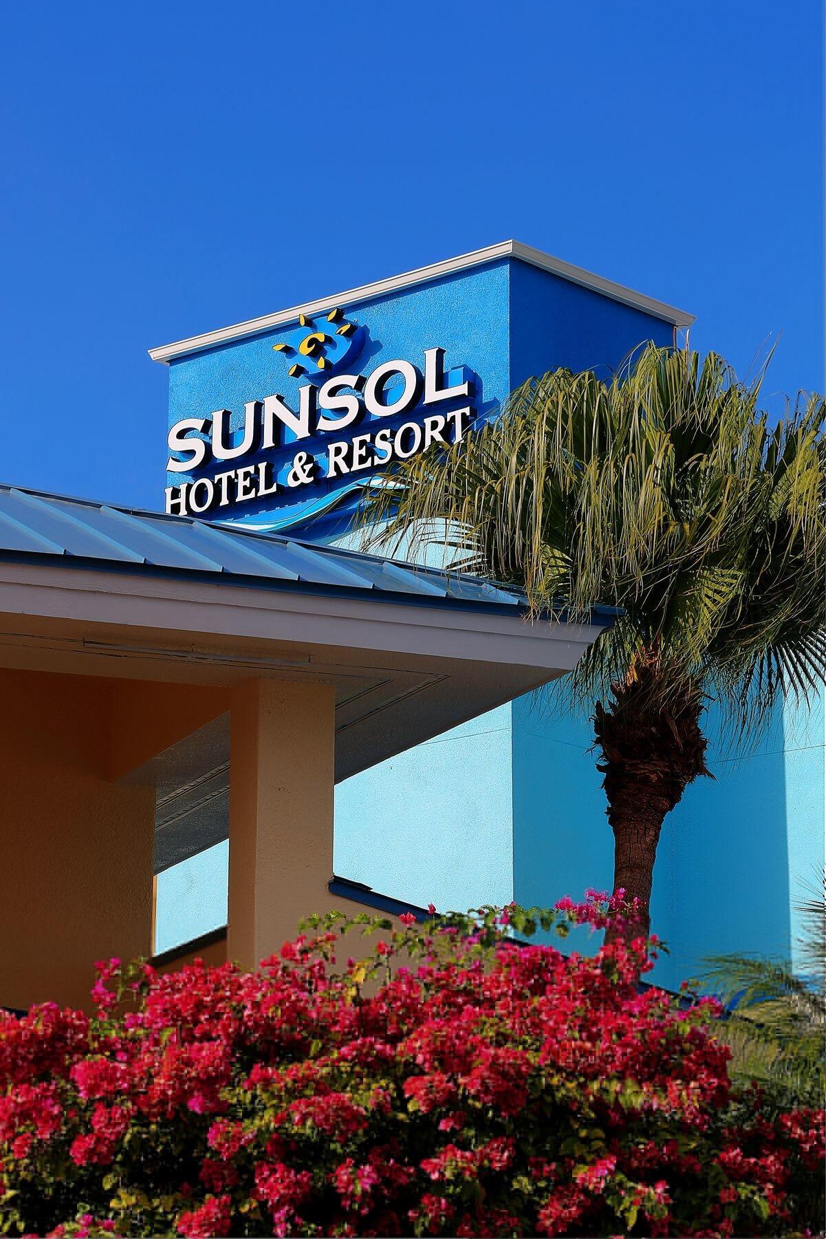 sunsol international drive