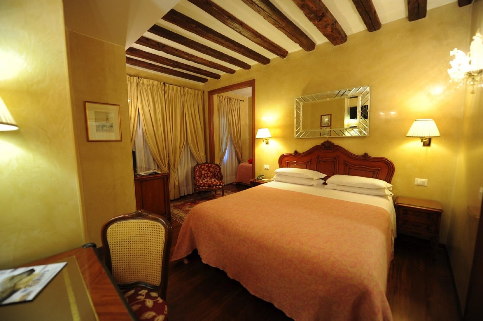 Triple Room at Hotel Bisanzio in Venice, Italy