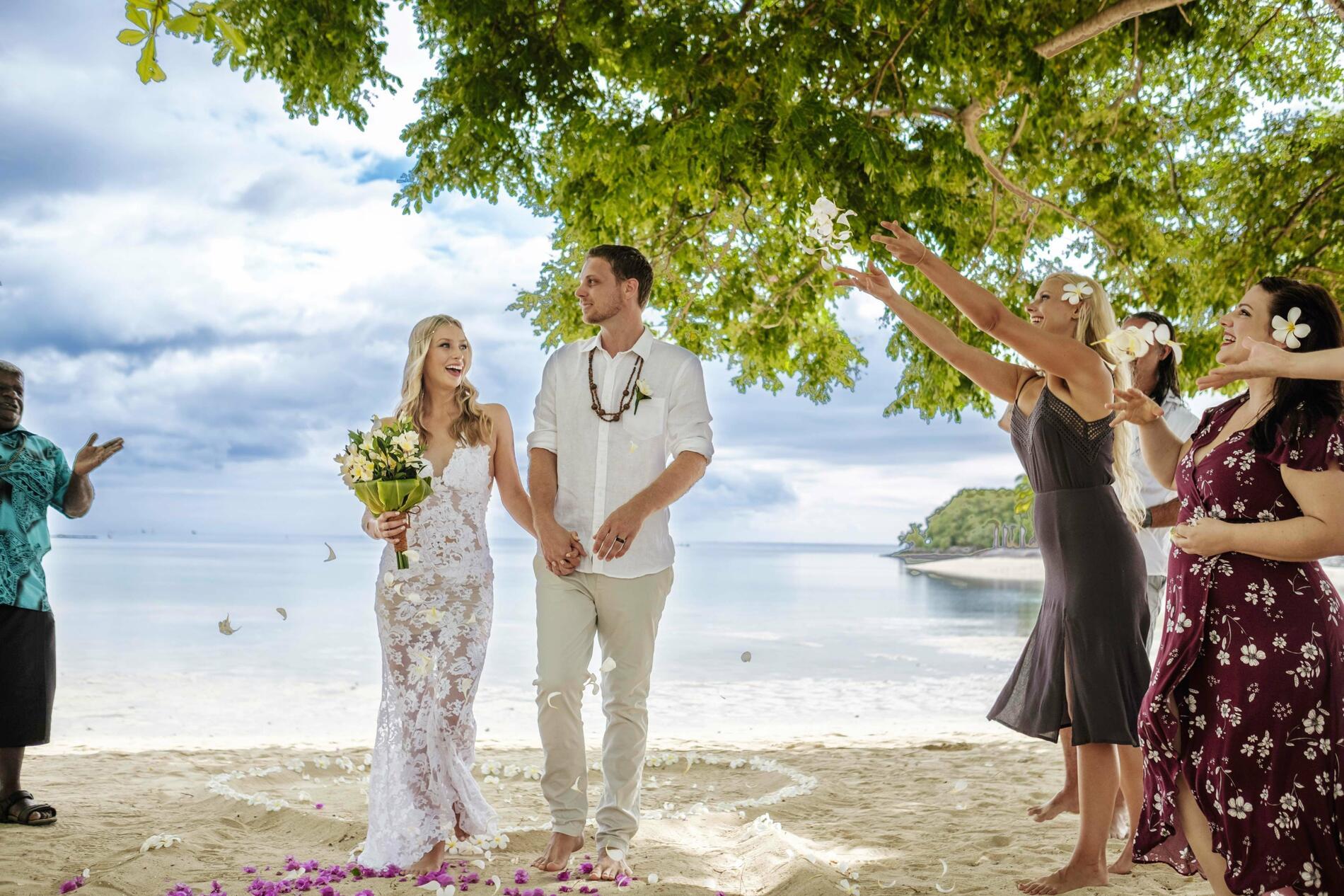 Beach Wedding Ceremony Venues | Musket Cove Island Resort And Ma