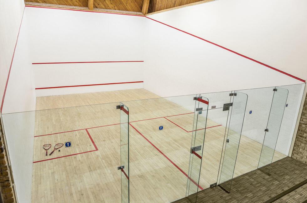 Woodford Bridge Country Club Squash Court