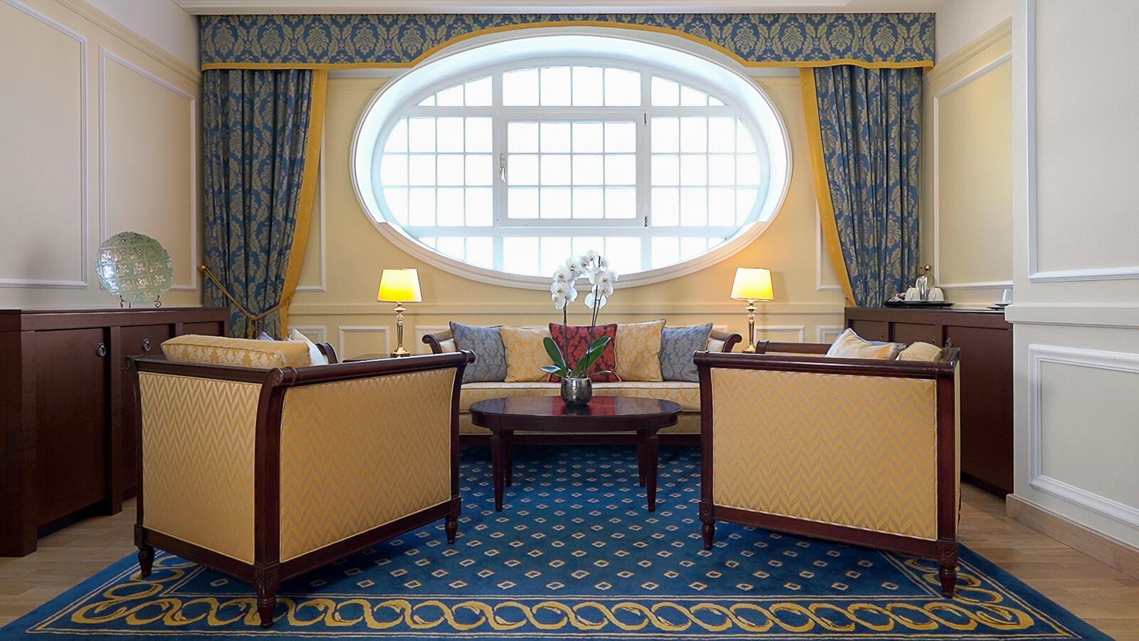 English Apartment at Polonia Palace Hotel, Warsaw
