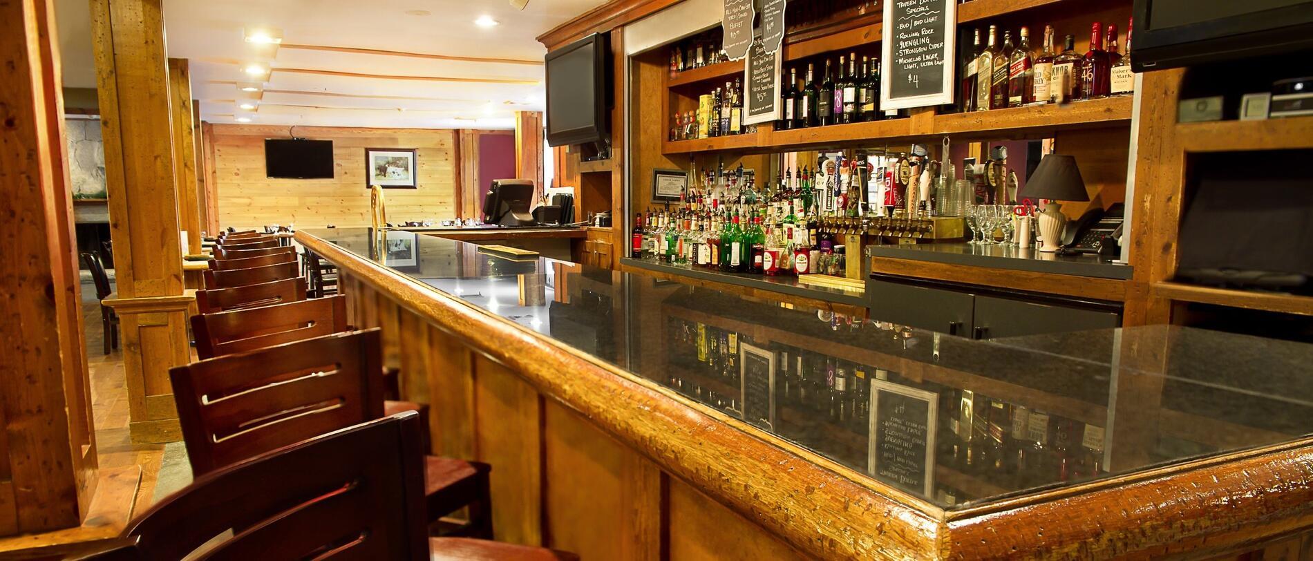 Hotel tavern bar