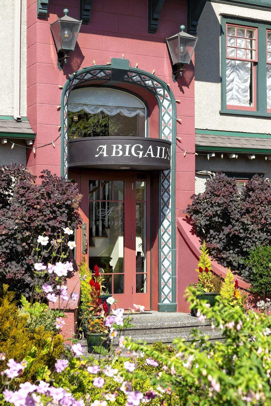 Front entrance to Abigail's Hotel