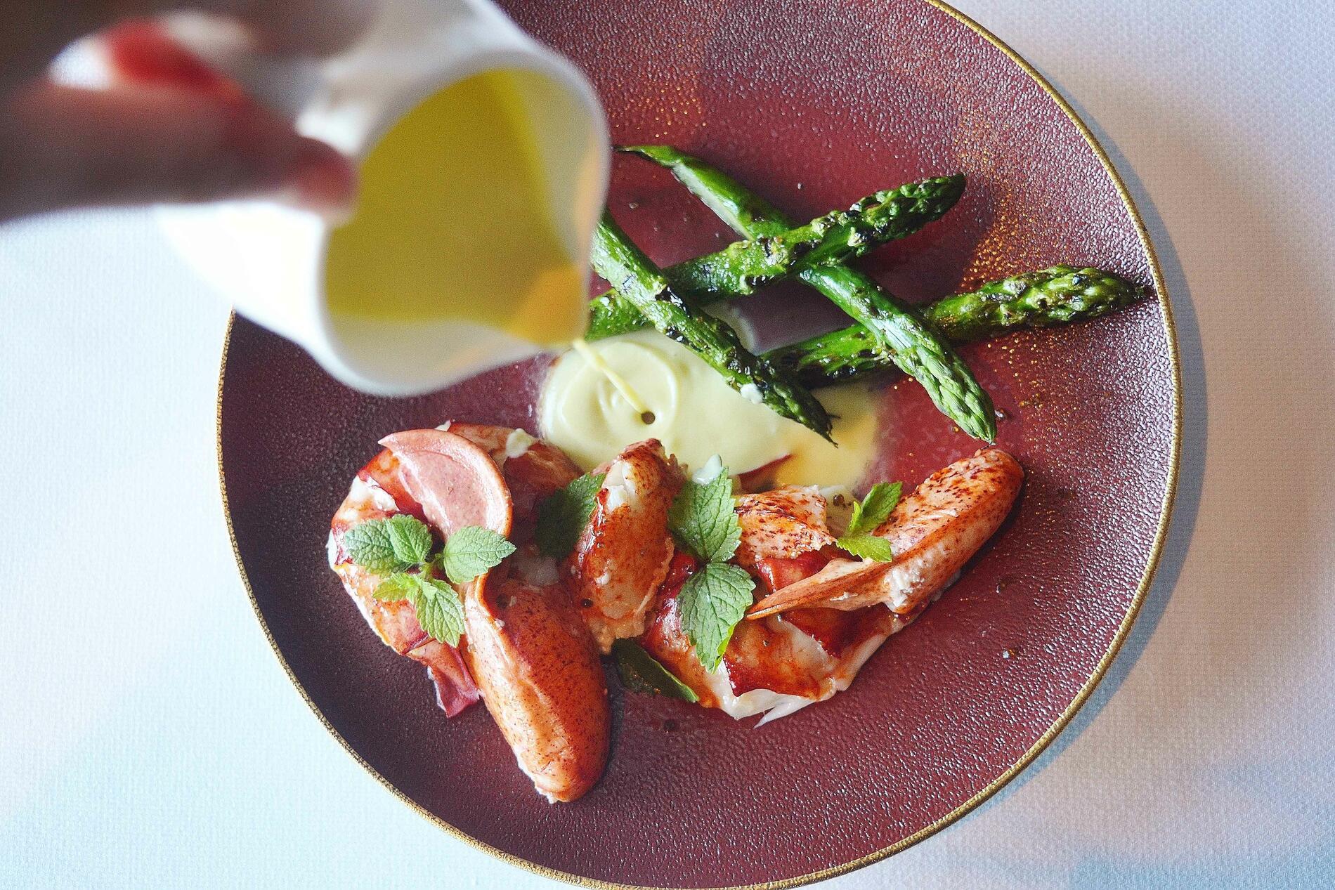 Lobster asparagus dish