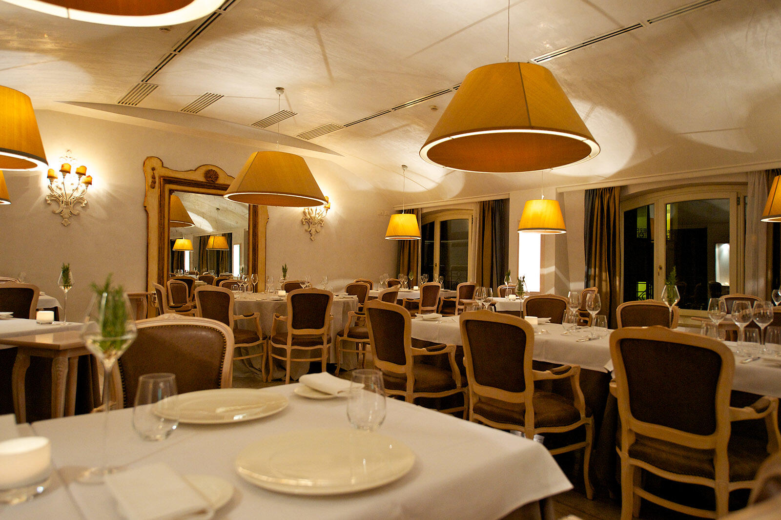 Restaurant at Grand Visconti Palace in Milan