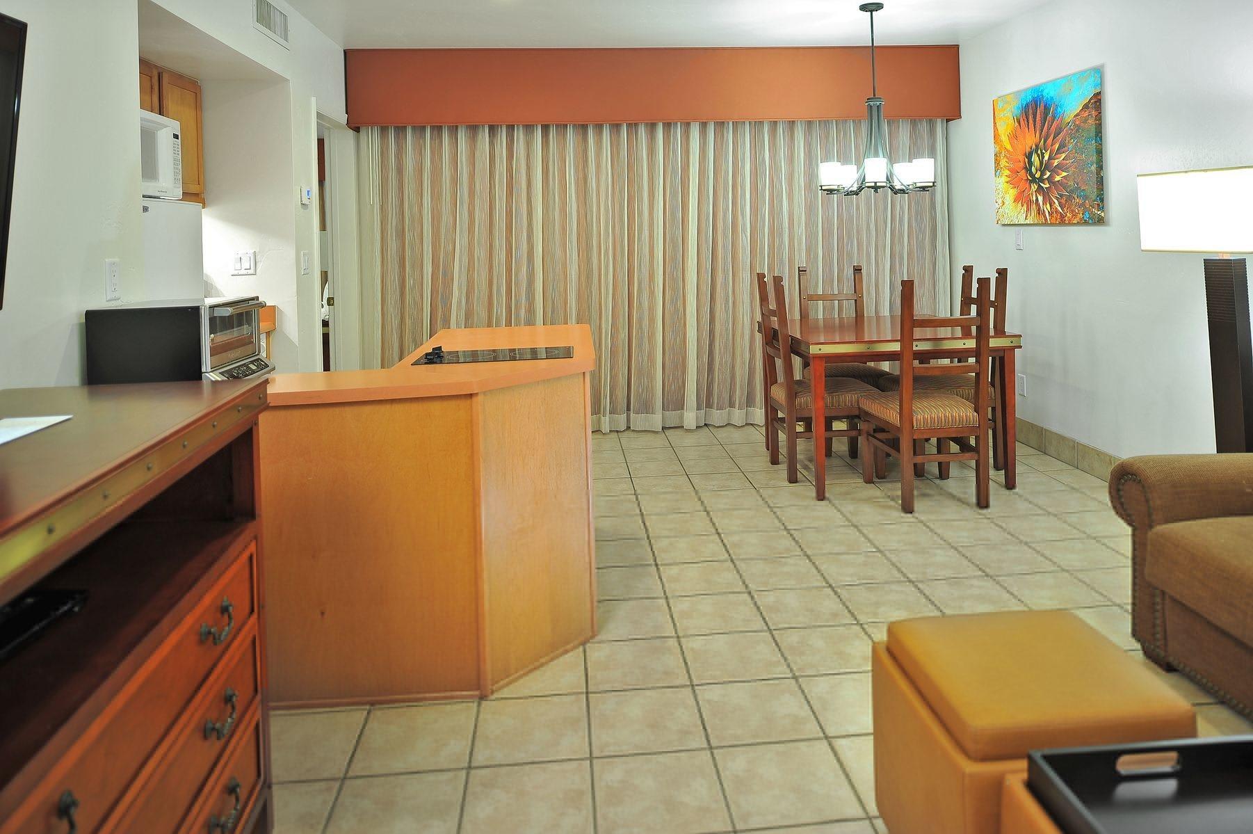 Los Abrigados Resort Suites
